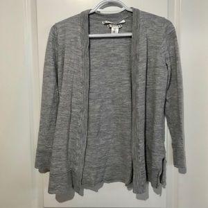 Women's cardigan sweater. Size L. Grey.